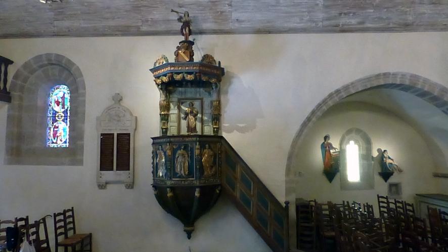 Restauration de la chaire à prêcher de l'église de Gimel-Les-Cascades, sous la direction de Marie Gouret. Site classé MH